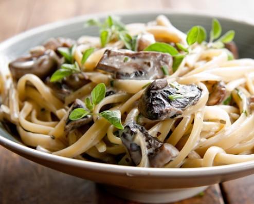 Linguine aglio e funghi