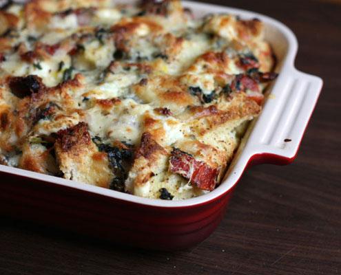 triplo-strato di formaggio e spinaci