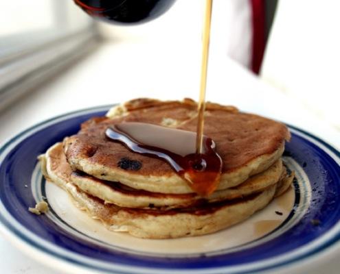 Pancakes alla banana e cannella