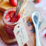 Confettura di fragole e semi di chia